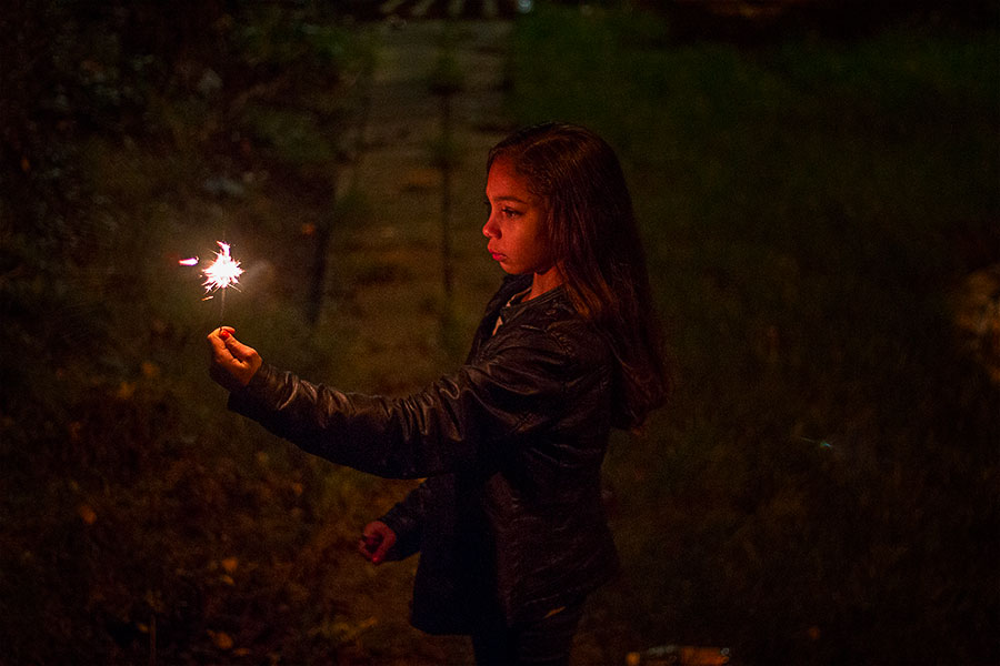 Asdorothea_lowlight_mia_fireworks